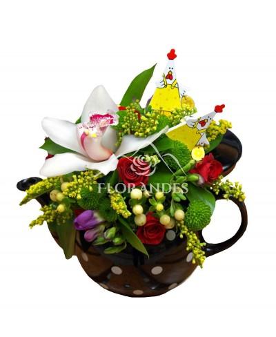 Aranjament floral cu orhidee si minitrandafiri