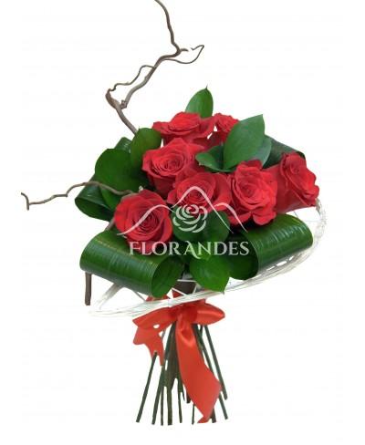 Buchet de 7 trandafiri rosii
