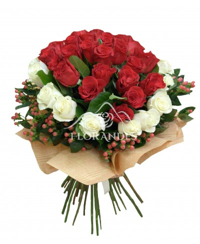 Buchet trandafiri rosii si albi