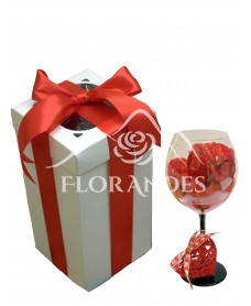 Trandafir rosu pentru Valentine's Day