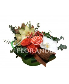 Aranjament floral cu orhidee