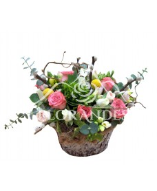 Aranjament floral garofite si minitrandafiri