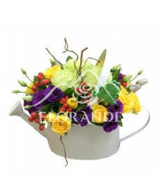 Aranjament floral lisianthus mov