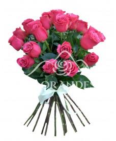 Buchet trandafiri roz ciclam