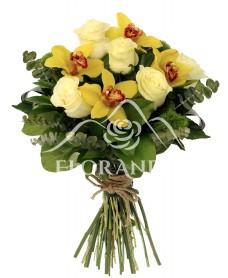 Buchet cu orhidee galbena si trandafiri