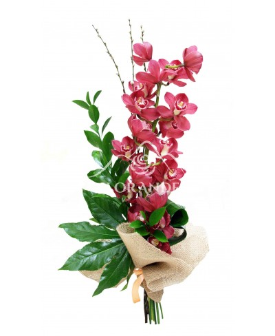 Buchet orhidee cymbidium roz