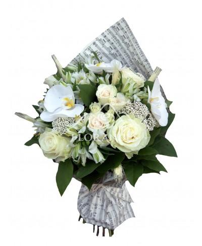 Buchet trandafiri albi si minitrandafiri