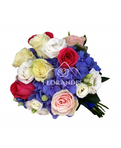 Buchet de mireasa cu hortensie si trandafiri