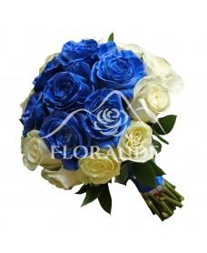 Buchet de mireasa cu trandafiri albi si albastri