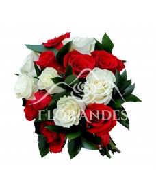 Buchet de mireasa cu trandafiri albi si rosii