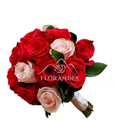 Buchet de mireasa cu trandafiri roz
