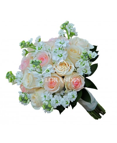 Buchet de mireasa cu trandafiri si matthiola