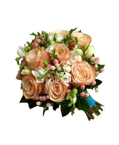 Buchet mireasa frezii albe si trandafiri