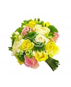 Buchet mireasa trandafiri galbeni si frezii