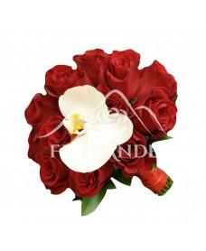 Buchet mireasa trandafiri rosii si orhidee phalaenopsis