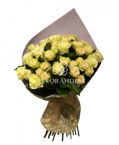 Buchet de 15 trandafiri albi