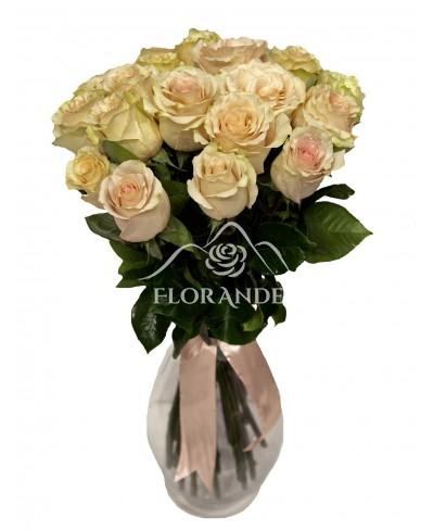 Buchet de 25 trandafiri roz vintage