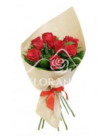 Buchet de 9 trandafiri rosii