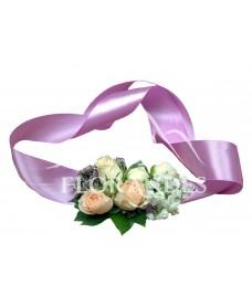 Corsaj minitrandafiri roz