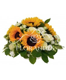 Cos cu floarea soarelui si trandafiri