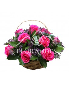 Cos de trandafiri ciclam