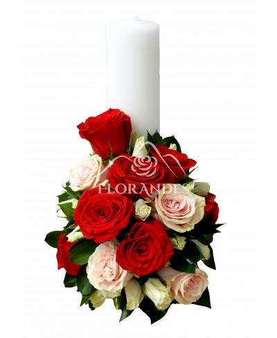 Lumanari de nunta cu minitrandafiri albi