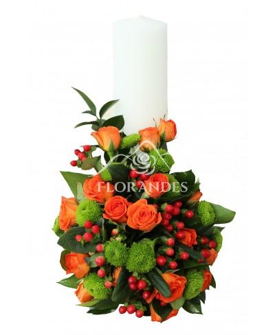 Lumanari de nunta cu minitrandafiri portocalii
