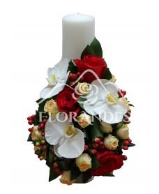 Lumanari de nunta cu orhidee si minitrandafiri