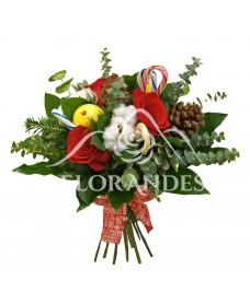 Buchet de trandafiri rosii si conuri