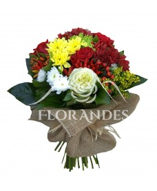 Buchet trandafiri rosii si brassica