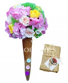 Aranjament floral inghetata cu hortensie