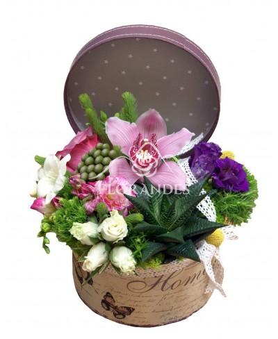 Aranjament floral orhidee roz