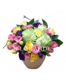 Aranjament floral trandafiri verzi