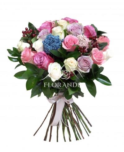 Buchet vintage cu trandafiri roz