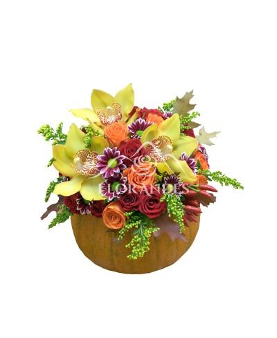 Aranjament floral crizantema si orhidee