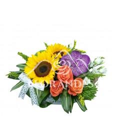 Aranjament floral orhidee si floarea soarelui