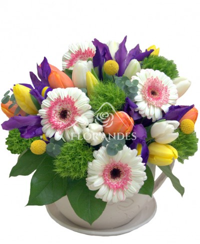 Aranjament floral minigerbera si lalele
