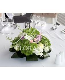 Aranjament de masa din hortensie