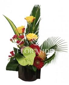 Aranjament floral trandafiri si anthurium