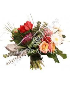 Buchet trandafiri si amaryllis