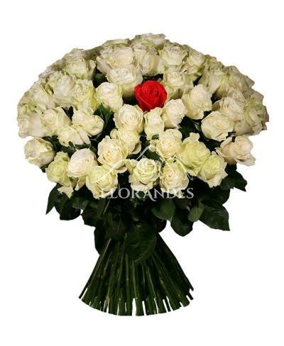 Buchet 101 trandafiri
