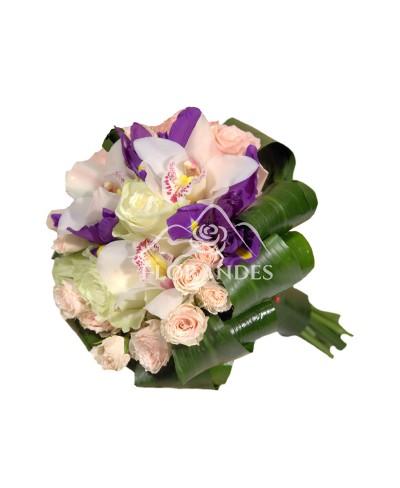 Buchet de mireasa cu orhidee si irisi