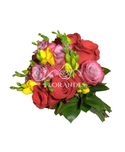 Buchet de mireasa trandafiri rosii si mov