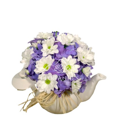 Aranjament floral ceainic cu hortensie