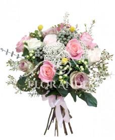 Buchet vintage cu trandafiri