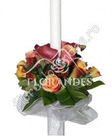 Lumanari de nunta din trandafiri si cale
