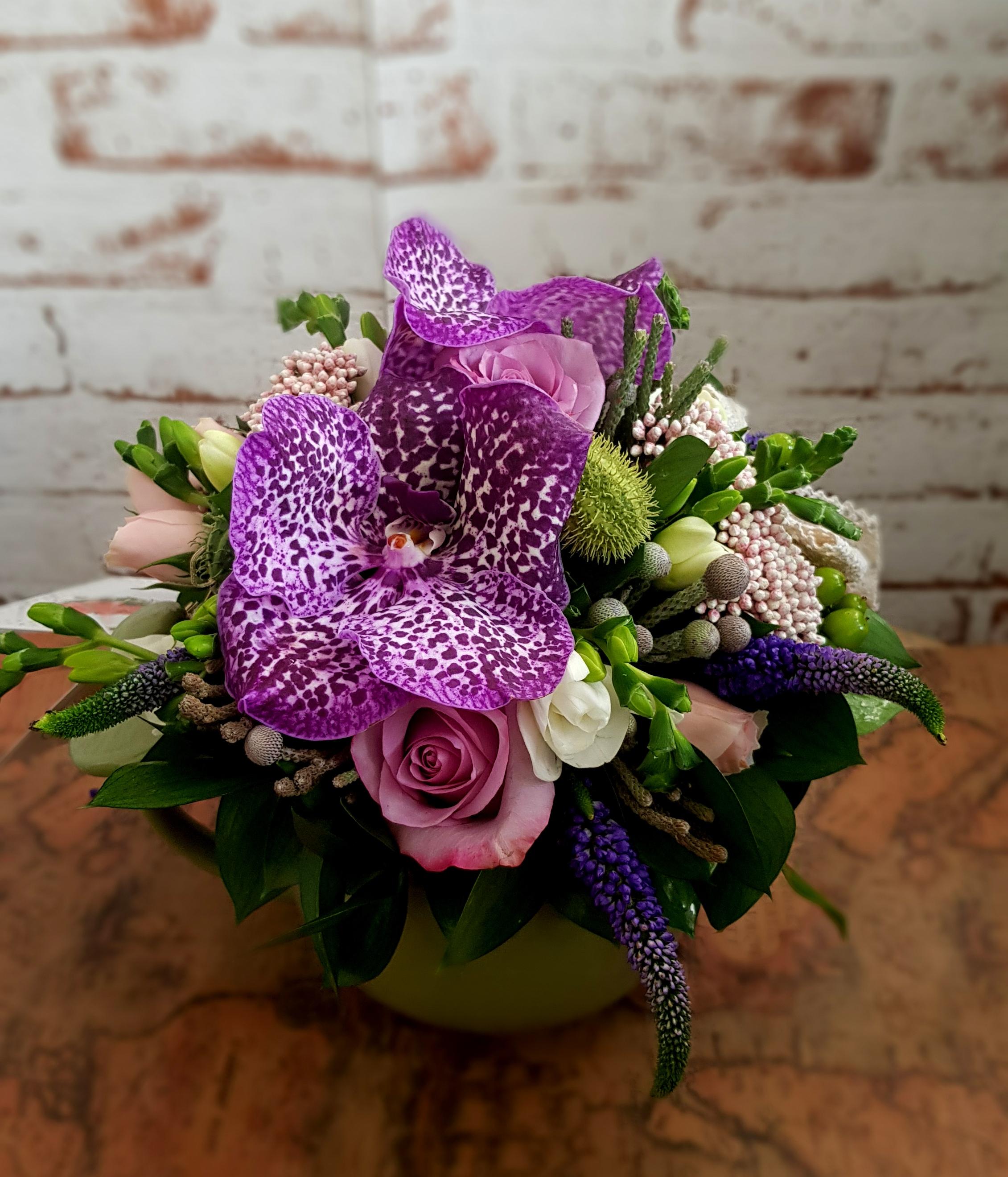 Ofera-le celor dragi aranjamente florale deosebite Bucuresti!