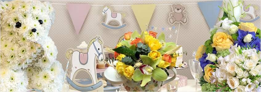 buchete de flori intr-o camera de copii